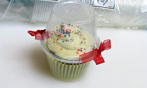 Bake sale cupcake packaging ideas for Food gift packaging ideas