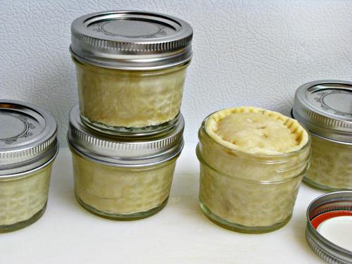 mini peach pies in a jar home cooking memories. Black Bedroom Furniture Sets. Home Design Ideas