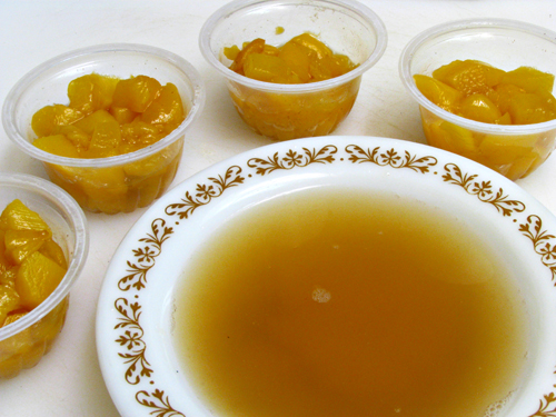 Mini Peach Pies in a Jar -- how to make peach filling