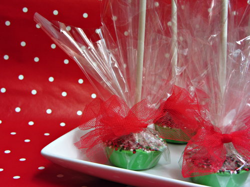 How to Make Lollipops (in a mini muffin tin)