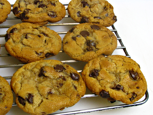 Chocolate Chip Cookies: Weighing for Baking-