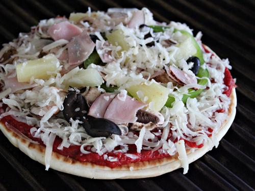 Grilling Pita Pizzas