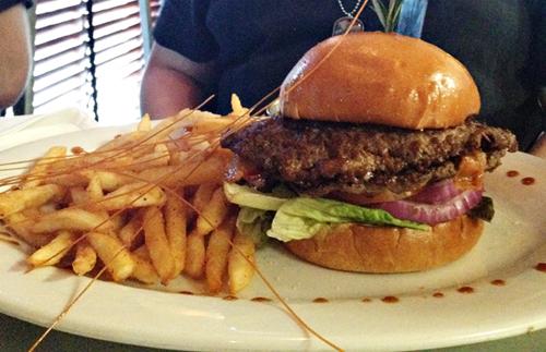 Hash House a Go Go - Stuffed Burgers