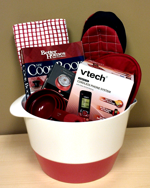 Gift basket giveaway holiday cooking with vtech home for Christmas kitchen gift basket ideas