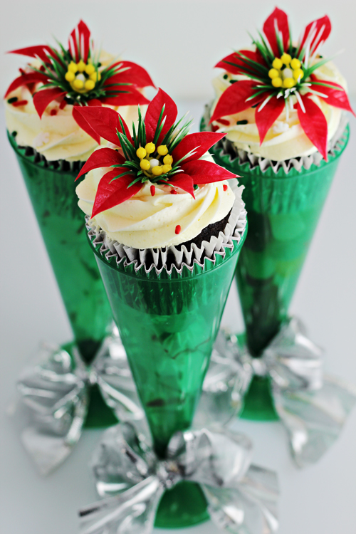 Christmas Cupcake Holders (made with champagne flutes)