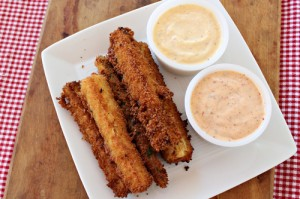 Fried Zucchini with Chipotle Ranch Dip and Parmesan Cheese Ranch Dip