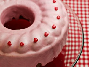 Sweetheart Cinnamon Cake with Glaze