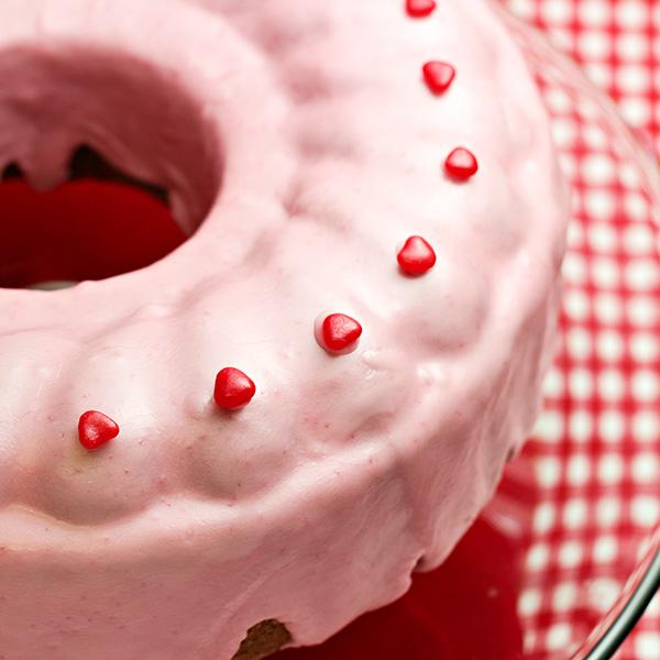 Sweetheart Cinnamon Cake with Glaze Recipe