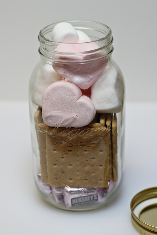 Valentine gifts in a jar 13