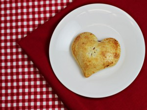 Easy Heart Pocket Pies (2 Methods)