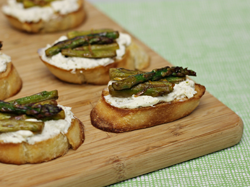 Herbed Cheese Asparagus Crostini