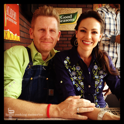 Fight Hunger with Kraft and Joey + Rory
