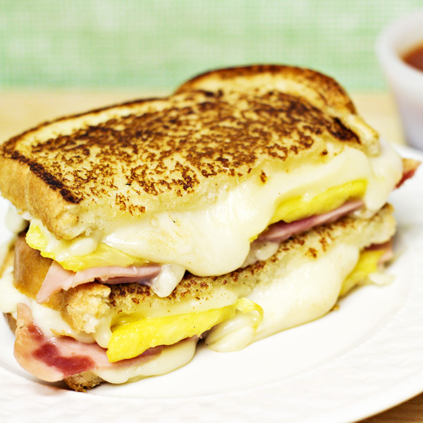 Hawaiian Pizza Grilled Cheese Sandwich Recipe