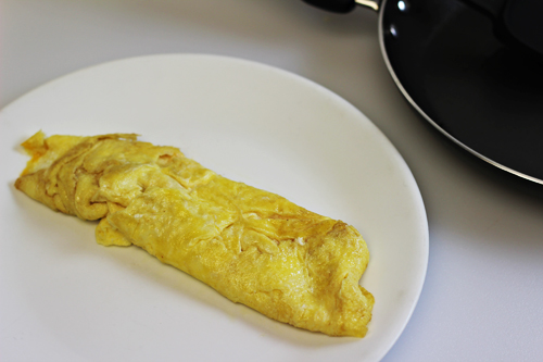 Kids in the Kitchen: Omelet Making