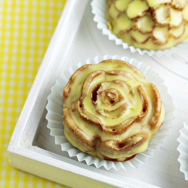 Lemon Petits Fours Cake Recipe