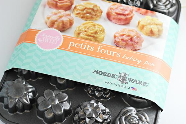 Nordic Ware Petite Petits Fours Pan