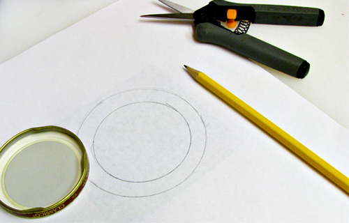 How to Make Pretty Lids for Old Jars: Trace Lid to Make Pattern