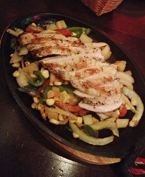 Hussongs Cantina Las Vegas - Chicken Fajitas