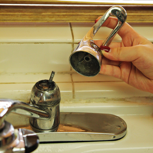 Do It For Me: My Kitchen Faucet Install - Home Cooking Memories