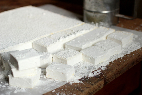 HOMEMADE VANILLA MARSHMALLOWS by Vintage Kitchen Notes