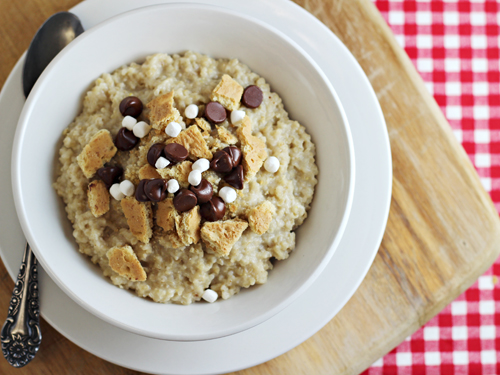 Oatmeal Topping Idea -- The Camper