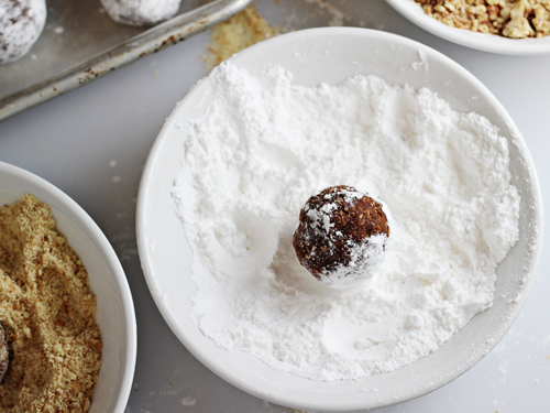 Cinnamon Whiskey Balls 1