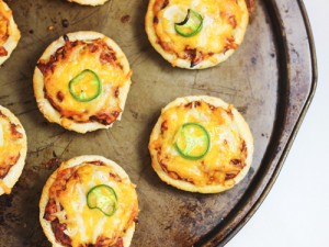 BBQ Chicken Mini Pita Pizzas