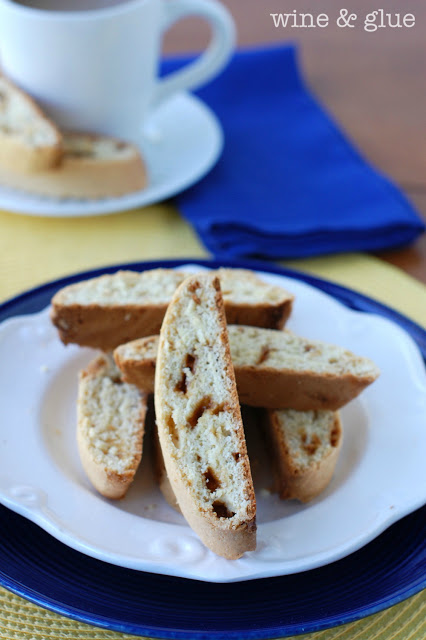 Cookie Butter Biscotti from wine & glue