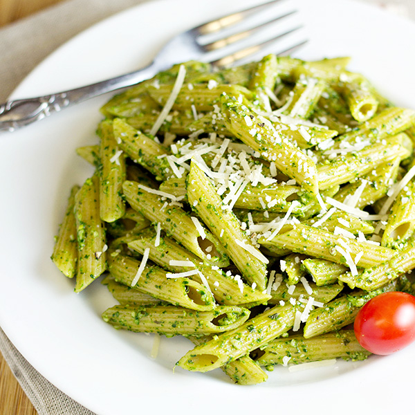 Pasta with Spinach Basil Pesto Recipe