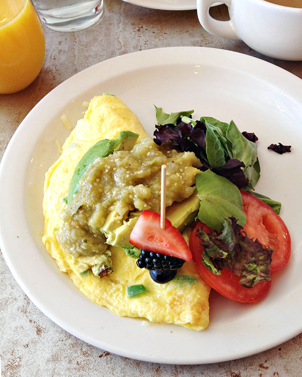 Avocado Omelet at Downtown Las Vegas Restaurant: MTO Cafe
