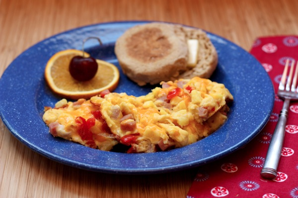 Hawaiian Scrambled Eggs by Cupcakes & Kale Chips