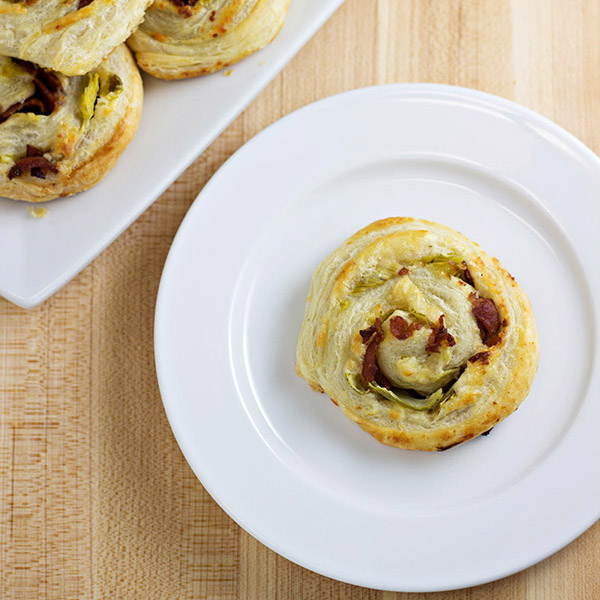 Artichoke Bacon Pinwheels