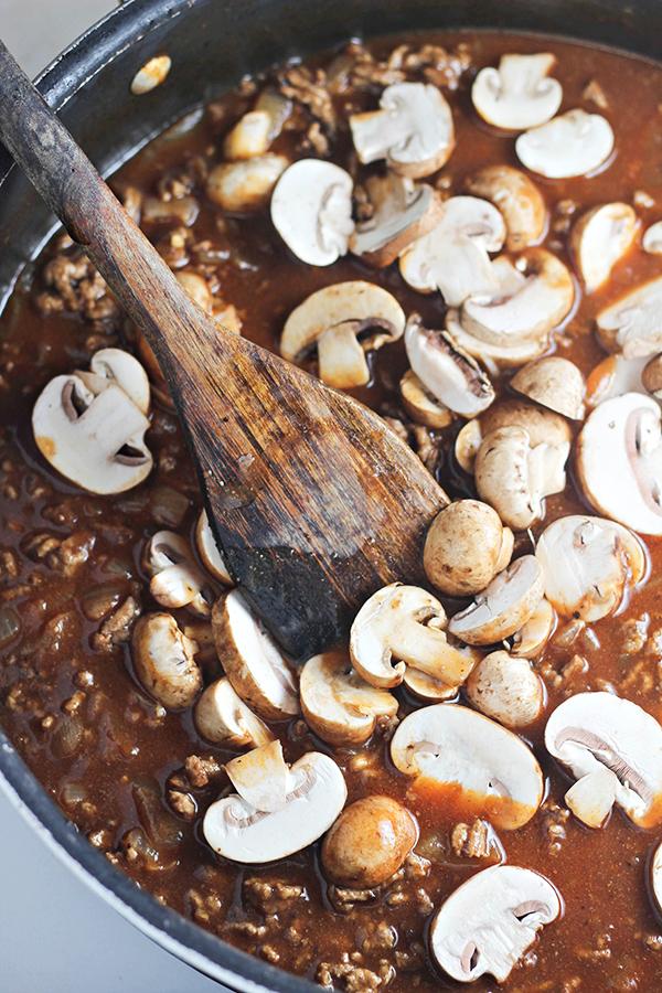 Easy One-Pan Beef Stroganoff Recipe - add mushrooms