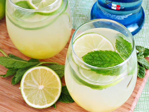 Pineapple Vodka Limeade Recipe 6