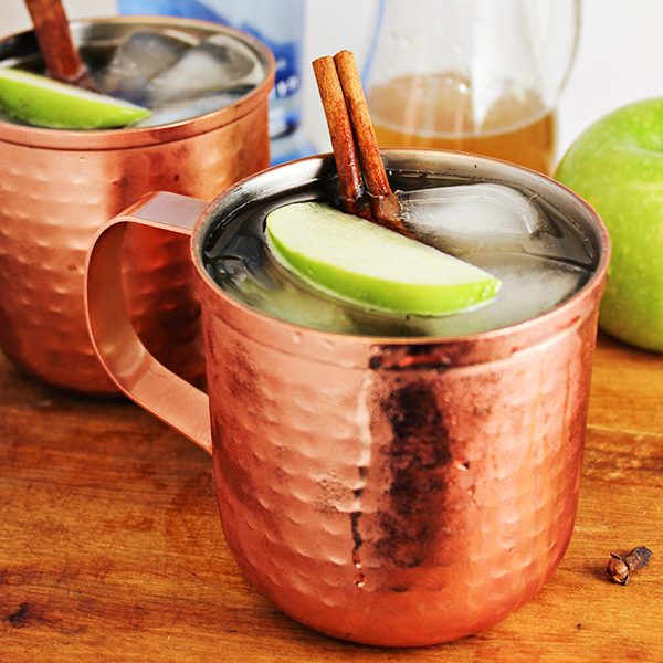 spiced apple moscow mule cocktail recipe home cooking memories. Black Bedroom Furniture Sets. Home Design Ideas