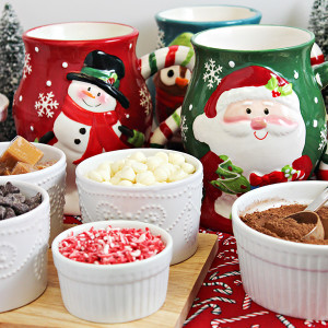 DIY Holiday Hot Chocolate Bar Ideas & Tips