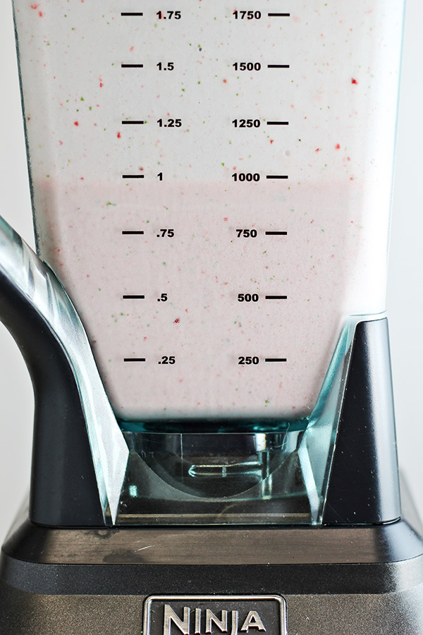 Strawberry Mint Smoothie Recipe