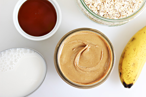 Ingredients for Peanut Butter and Honey Oat Smoothie Recipe