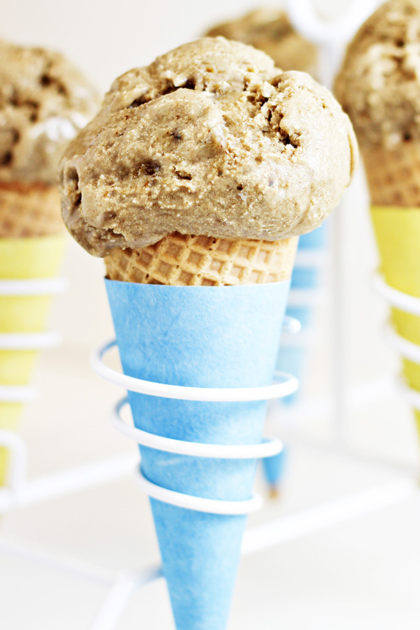 The Easiest Toasted Marshmallow Ice Cream Ever -d