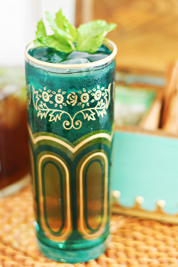 spiced-moroccan-mint-tea-julep-cocktail-recipe-15