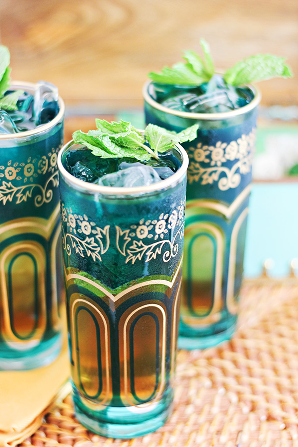 Spiced Moroccan Mint Tea Juleps Cocktail Recipe