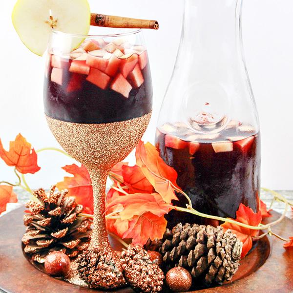 autumn-apple-and-pear-sangria-recipe-15