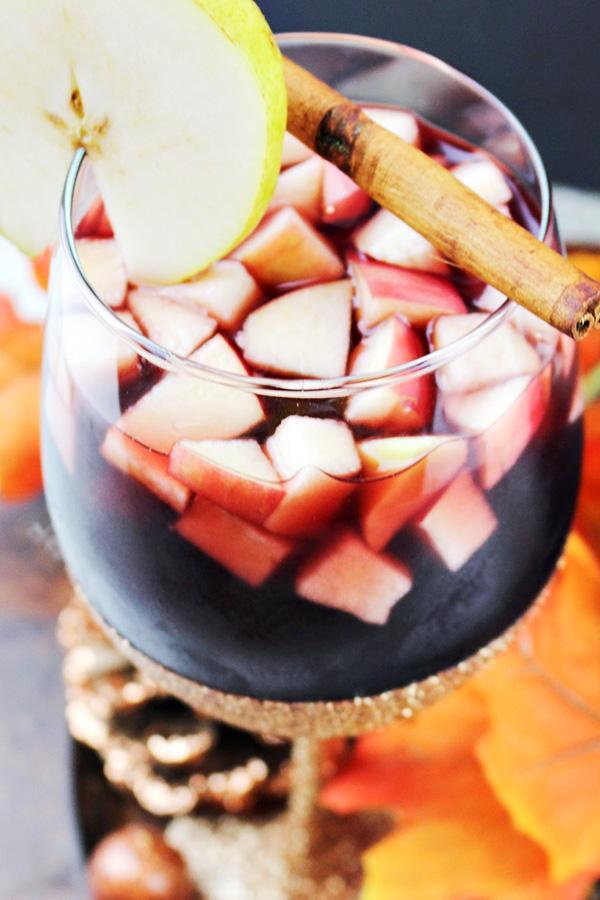 Autumn Apple & Pear Sangria Recipe