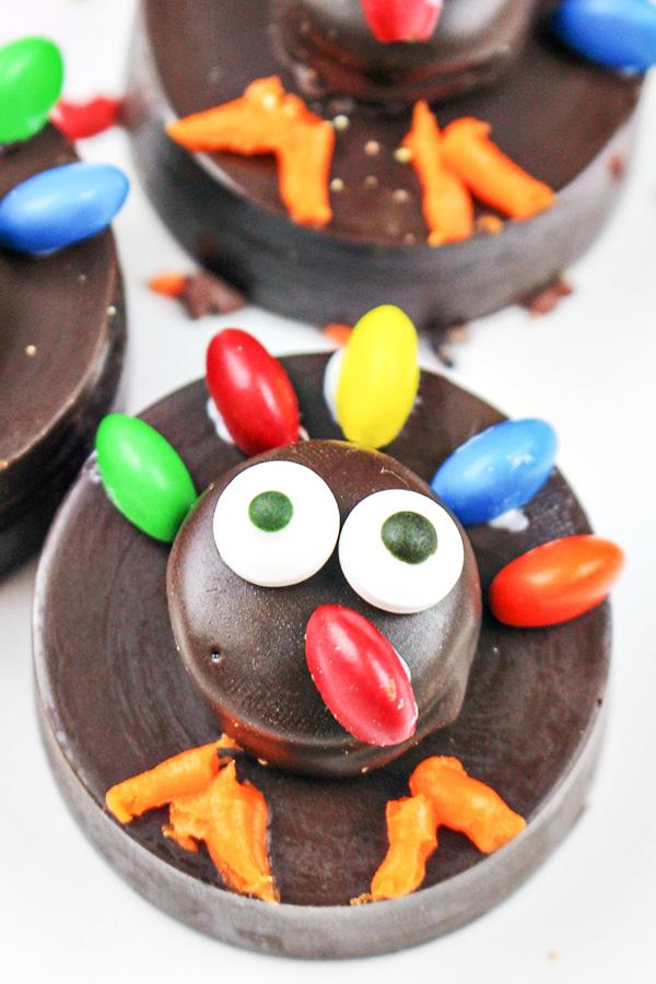 Thanksgiving Turkey OREO Cookies - Fun & Easy Food Craft!