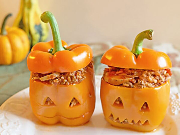Halloween Jack-o-Lantern Bell Peppers by It's Yummi