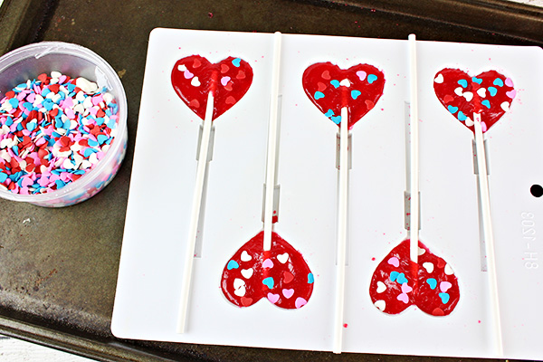 DIY Valentine Jolly Rancher Lollipops