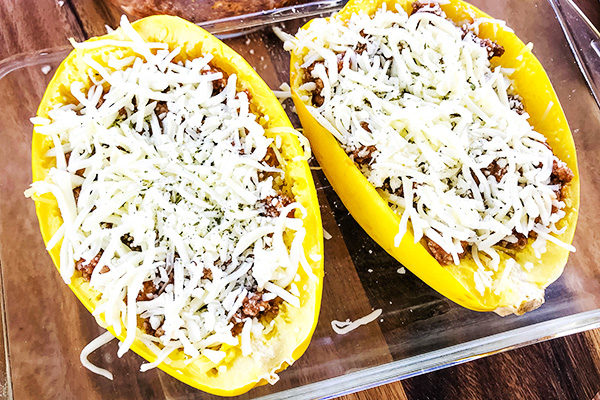 Easy Baked Spaghetti Squash with Meat Sauce Recipe